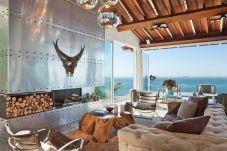 Villa in Río de Janeiro - W01.170 - SPECTACULAR OCEAN FRONT VILLA